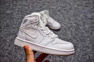 Air Jordan 1 Retro Kid shoes-5