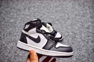 Air Jordan 1 Retro Kid shoes-3