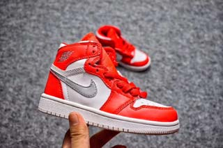 Air Jordan 1 Retro Kid shoes-1